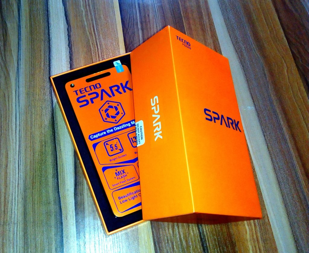 Tecno Spark K7 Unboxing Review